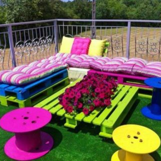 Salon de jardin en palette le guide diy ultime blog delorm - Salon de jardin colore ...