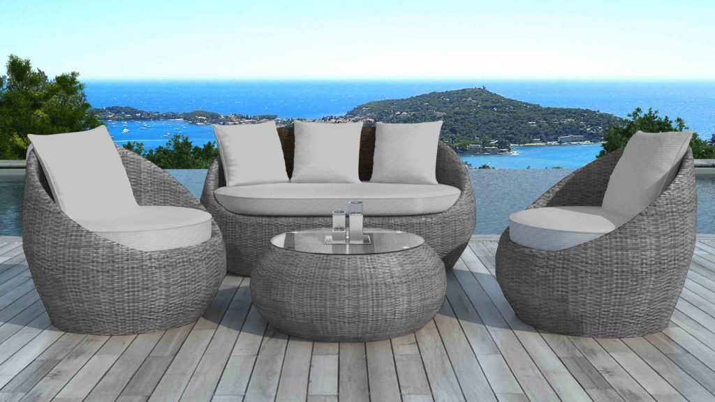 choisir un salon de jardin haute gamme avec un espace cosy