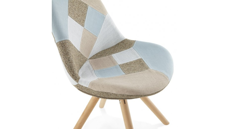 Nordi chaise patchwork pied bois for Chaise scandinave patchwork bleu