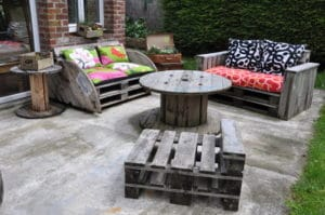Salon de Jardin en Palette : le Guide DIY Ultime ! - Blog Delorm