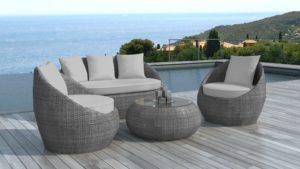 Salon de jardin avec table ronde : glamour et tendance ...