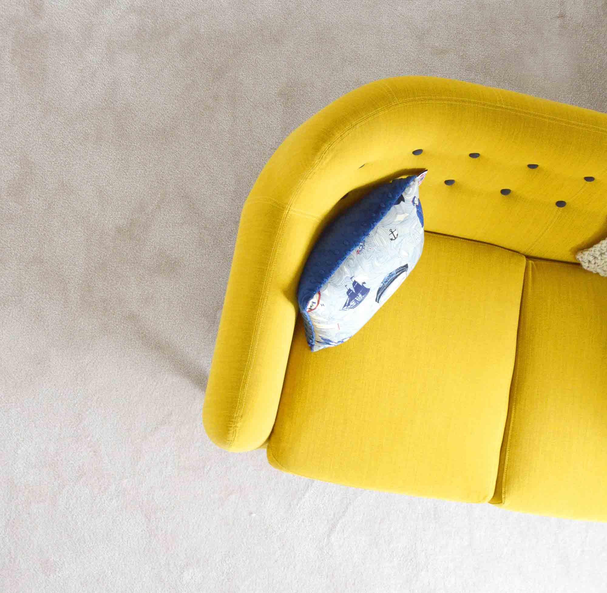 Quels sont les meilleurs tissus pour un canapé de salon ? • Blog Design  Jardin & Intérieur   Tendance Déco
