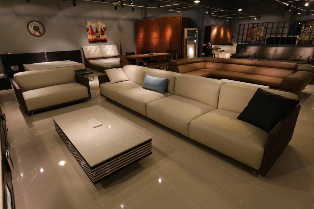 canapé technologie design salon