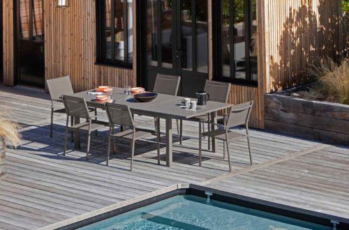 acheter un salon de jardin haut de gamme avec des mat riaux durables. Black Bedroom Furniture Sets. Home Design Ideas