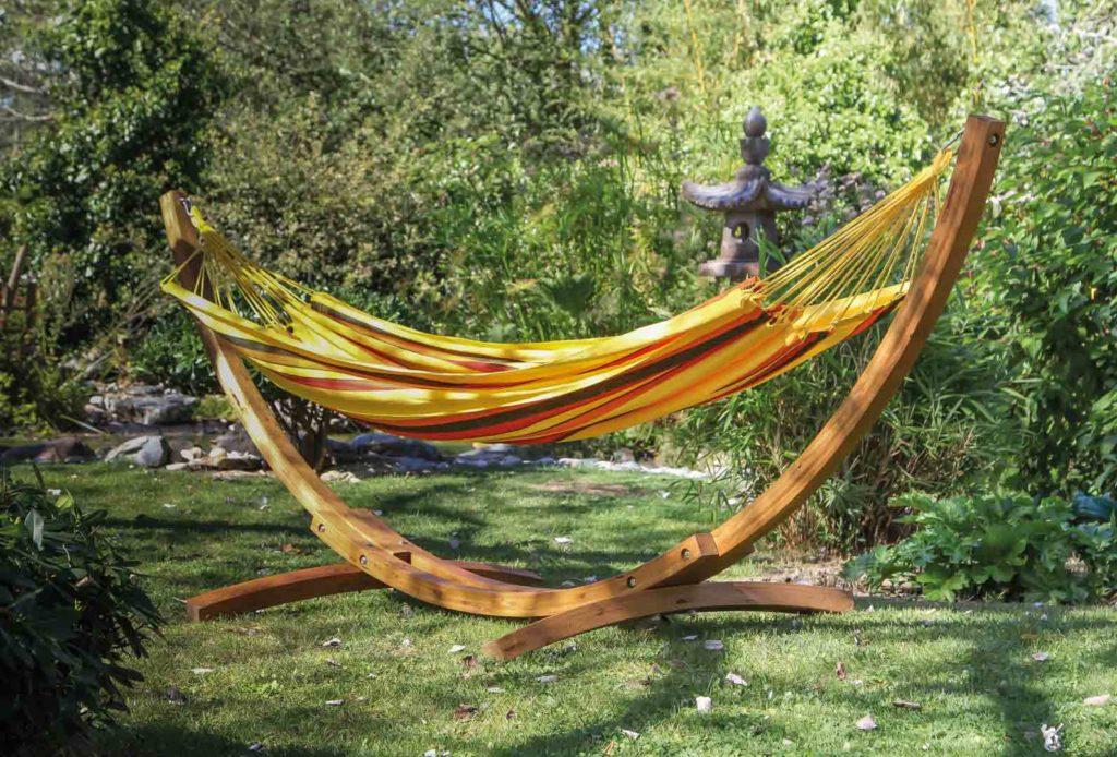 Relooker son mobilier de jardin contemporain • Blog Design ...